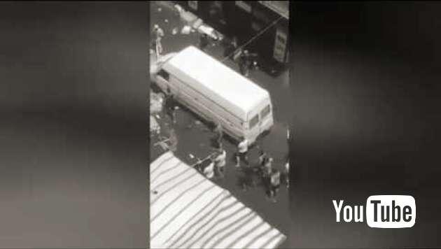 Embedded thumbnail for Straßenschlacht zwischen Afrikanern und Sizilianern