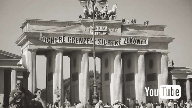 Embedded thumbnail for Identitäre besetzen Brandenburger Tor