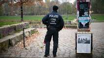 Embedded thumbnail for Der Deal mit den Dealern - Kreuzberg im Drogenwahn